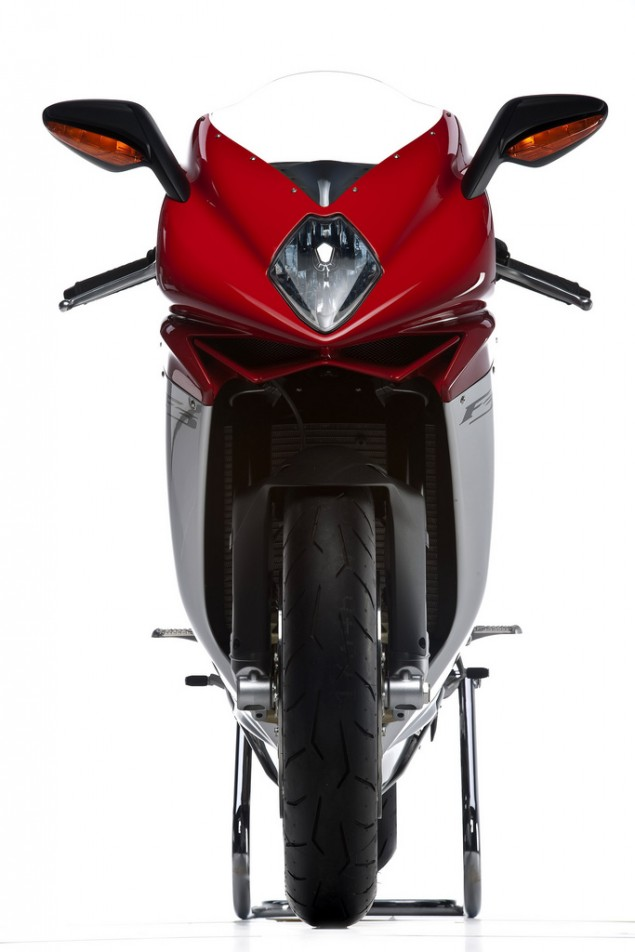 Vaporware: MV Agusta F3 USA Delivery Pushed Back...Again mv agusta f3 official photos 6 635x952