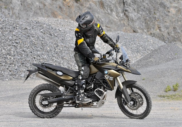 2013 BMW F800GS Gets Modest Updates 2013 BMW F800GS 635x443