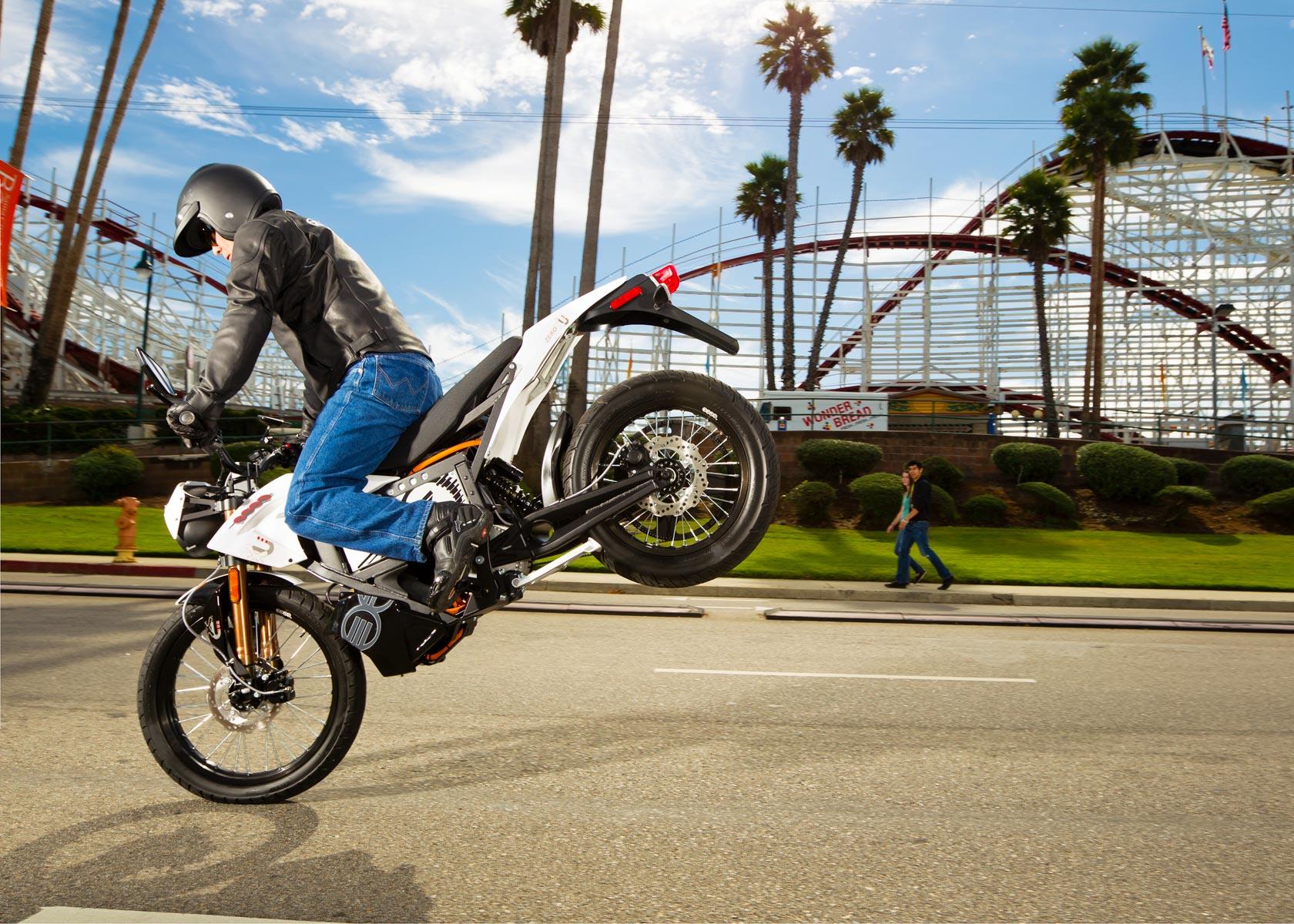 zero motorcycles zero xu stoppie