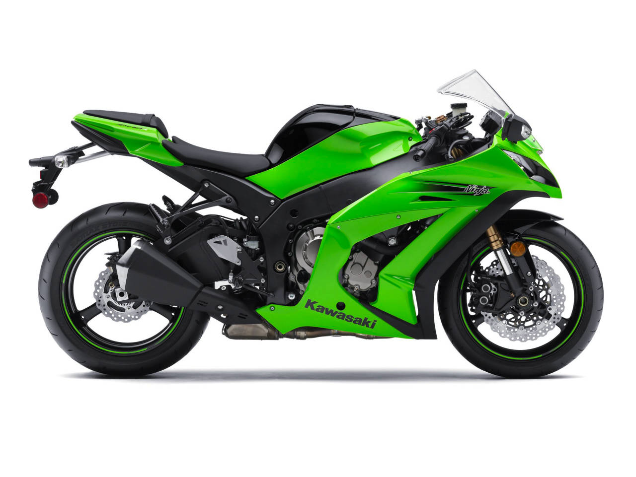 recall 2011 2012 kawasaki ninja zx 10r for oil leaks asphalt rubber. Black Bedroom Furniture Sets. Home Design Ideas