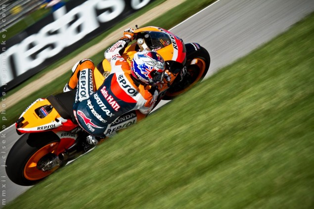 Friday Summary at Indianapolis: The Love Hate Relationship with Indy & How Hondas Love Going Left Casey Stoner Indianapolis GP Jules Cisek 635x423