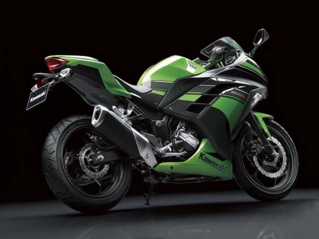 2013 Kawasaki Ninja 300   For Europe...& America Too? 2013 Kawasaki Ninja 300 40 635x476