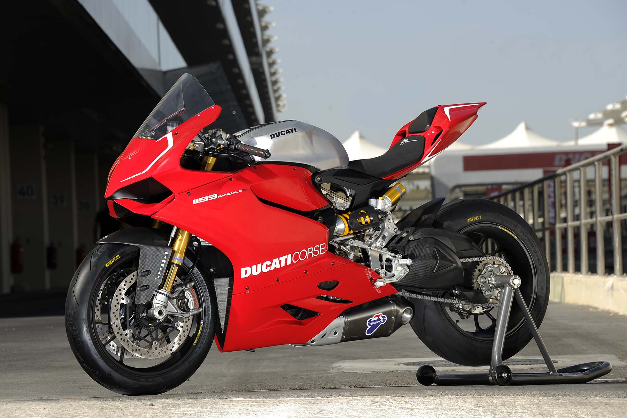 2013 ducati 1199 panigale r coming soon asphalt rubber. Black Bedroom Furniture Sets. Home Design Ideas