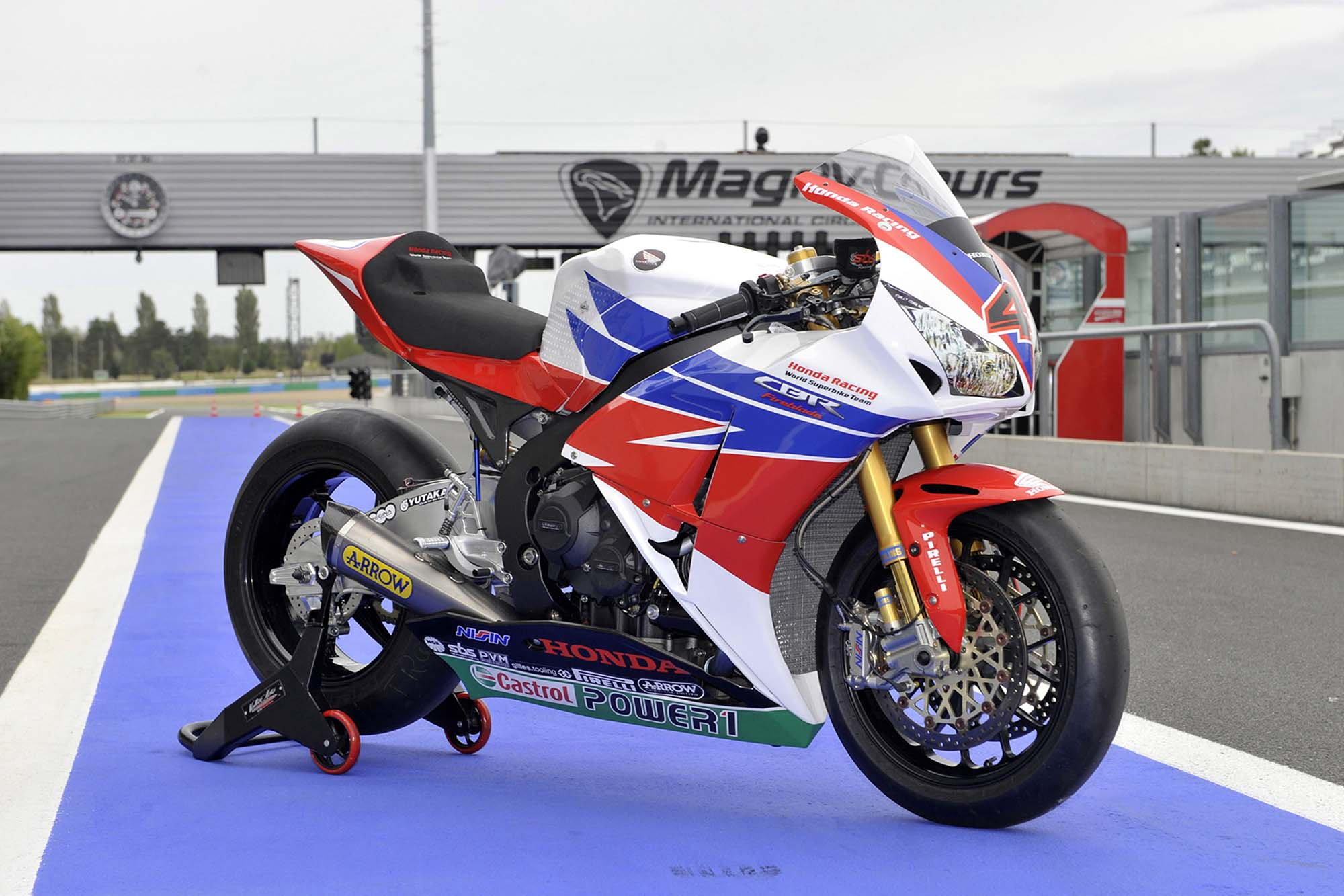 Honda WSBK Switches to 2013 Livery for Magny-Cours - Asphalt & Rubber
