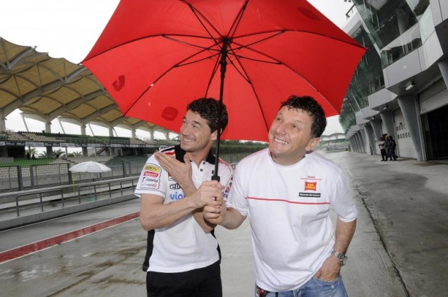 Thursday Summary at Sepang: Of Championships Up for Grabs & Memories of a Racer Lucio Cecchinello Fausto Gresini Sepang Test MotoGP 635x421