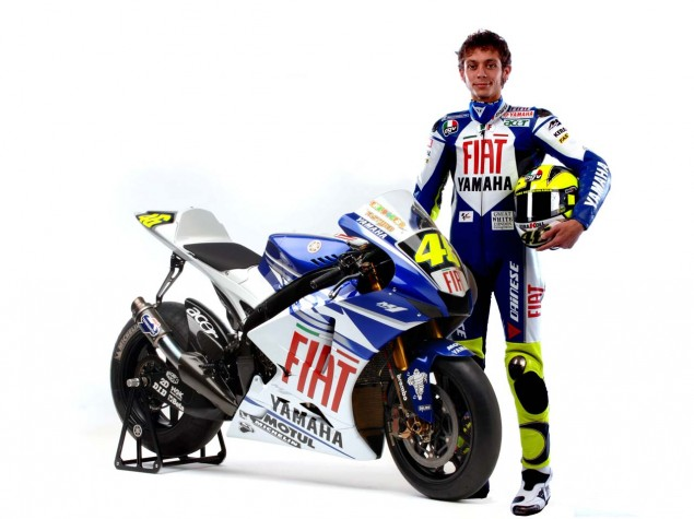 Video: That Guy at the Track Day Valentino Rossi Fiat Yamaha MotoGP 635x475