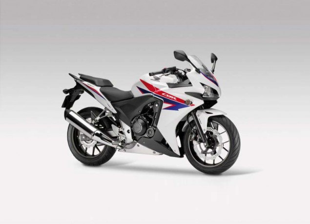 First Official Shots of the 2013 Honda CBR500 2013 Honda CBR500 02 635x459