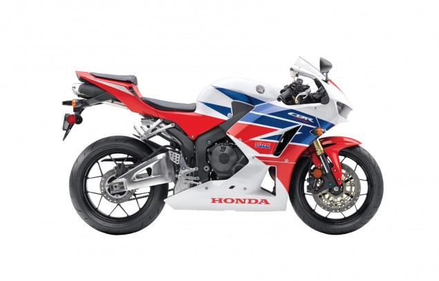 2013 Honda CBR600RR   Botox for an Aging Supersport 2013 Honda CBR600RR 635x406