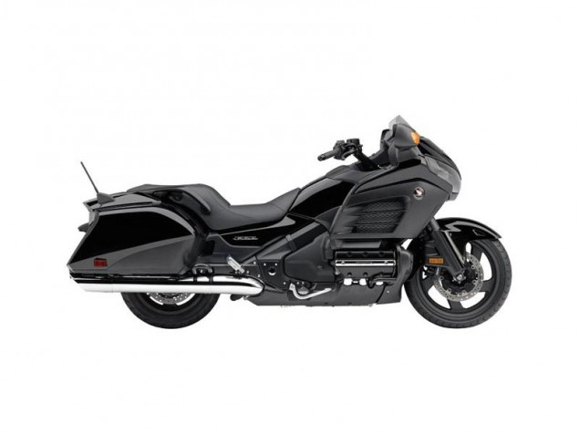 2013 Honda Gold Wing F6B   A Tourer Minus the Touring 2013 Honda Gold Wing F6B black 635x476