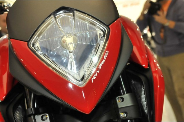 More Photos of the MV Agusta Rivale 2013 MV Agusta Rivale EICMA OmniMoto 02 635x423
