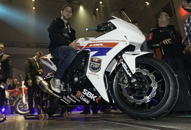 First Look at the Honda CBR500R Race Bike Honda CBR500R race bike 01 635x432