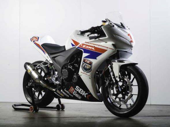 CB 500 et CBR 500 2013 Honda-CBR500R-race-bike-04