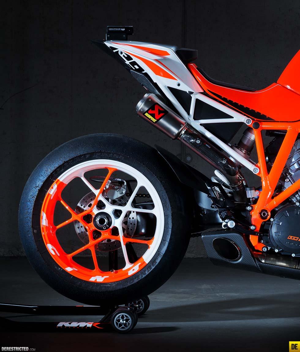 Ktm Duke 1290 >> KTM 1290 Super Duke R Prototype Concept Bike - Asphalt & Rubber