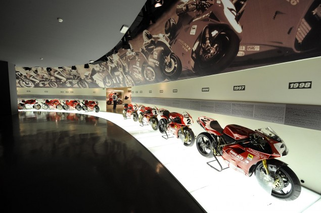 A Quarter Century of Ducati Superbikes in Photos Museo Ducati 635x422