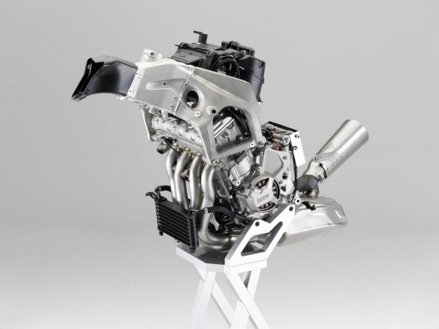 Bimota BB2: The BMW S1000RR Powered Bimota Cometh bmw s1000rr engine 635x476