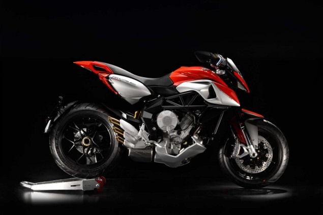 XXX: 29 Photos of the MV Agusta Rivale 800 MV Agusta Rivale 800 18 635x423