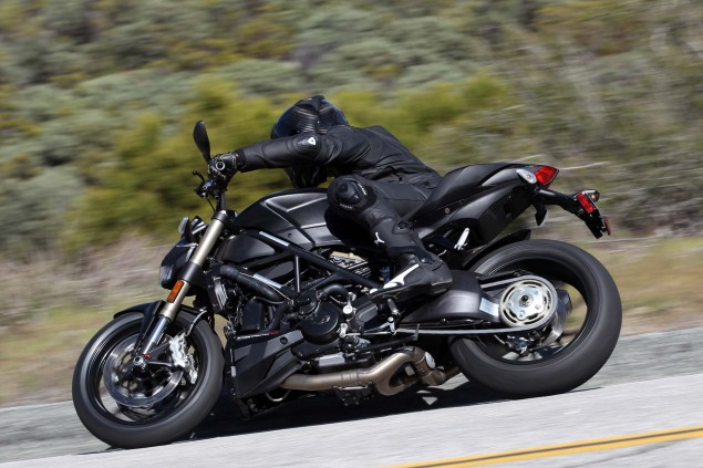A Year in Review with Asphalt & Rubber: 2012 ducati streetfighter 848 palm springs test 06 635x423