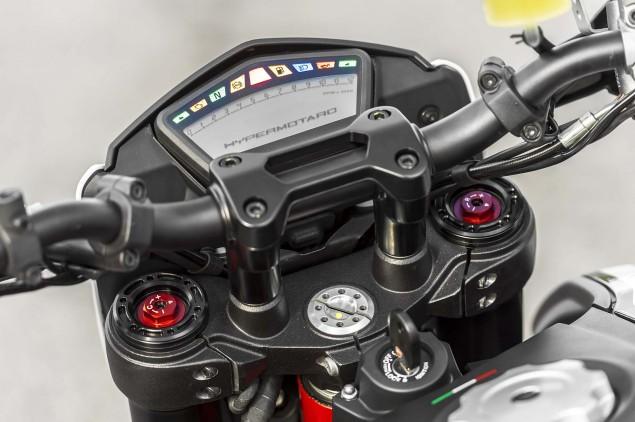 2013 Ducati Hypermotard Mega Gallery 2013 Ducati Hypermotard still photos 04 635x422