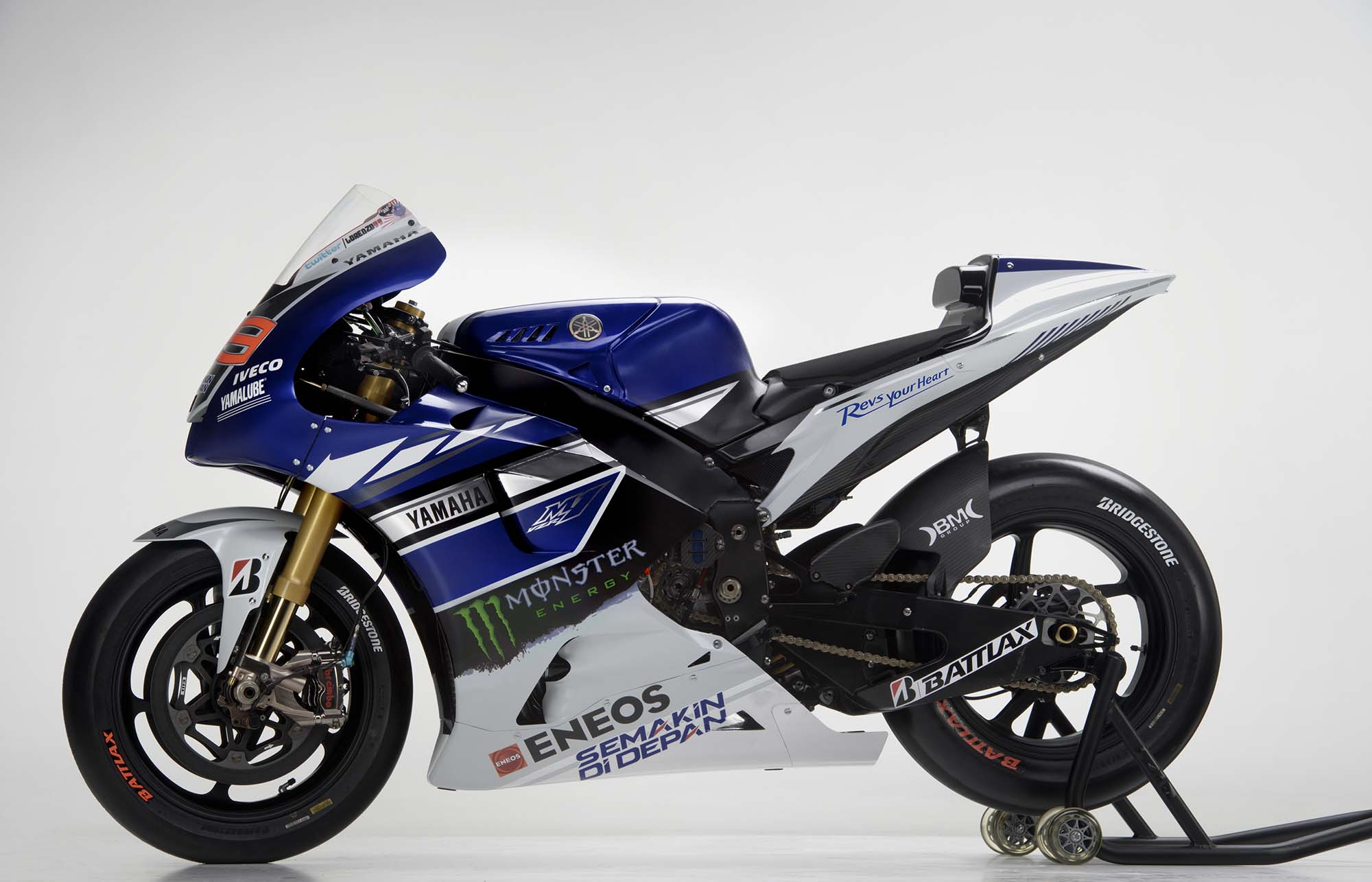 Rossi, Lorenzo, and the 2013 Yamaha YZR-M1 - Asphalt & Rubber