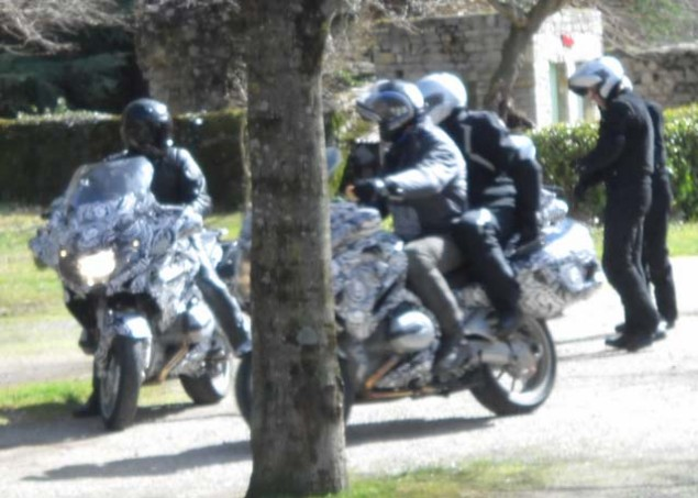 Water Cooled 2014 BMW R1200RT Spotted 2014 BMW R1200RT water cooled spy shot 03 635x453