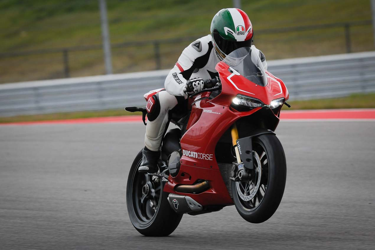 Ride Review Ducati 1199 Panigale R