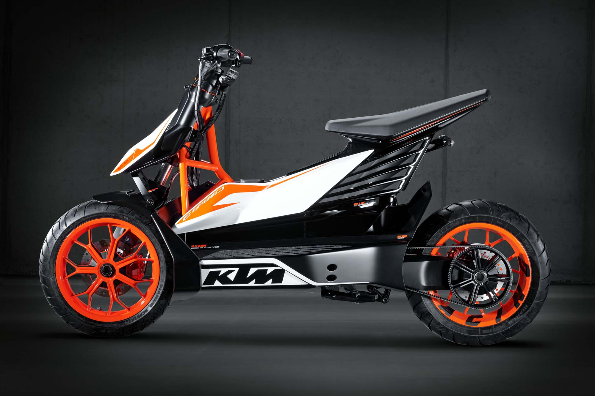 ktm e speed an electric scooter from austria motor car. Black Bedroom Furniture Sets. Home Design Ideas