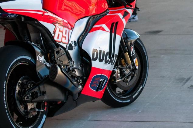 Up Close with the Ducati Desmosedici GP13 2013 Desmosedici GP13 COTA MotoGP 15 635x423