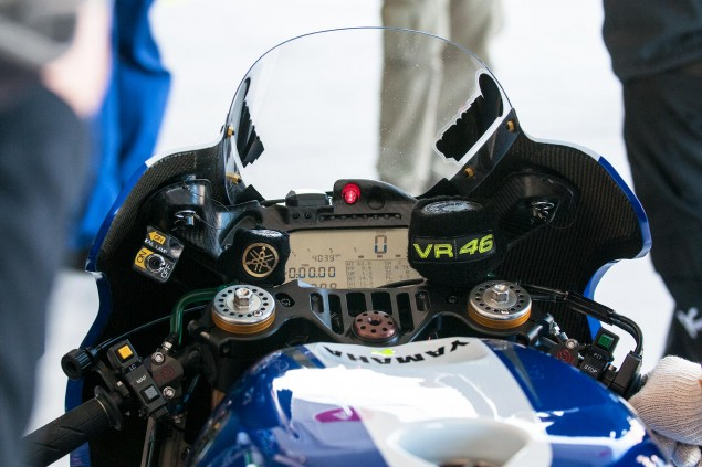 Up Close with the 2013 Yamaha YZR M1 Yamaha YZR M1 MotoGP Valentino Rossi Up Close 12 635x423