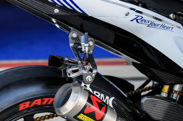 Up Close with the 2013 Yamaha YZR M1 Yamaha YZR M1 MotoGP Valentino Rossi Up Close 23 635x421