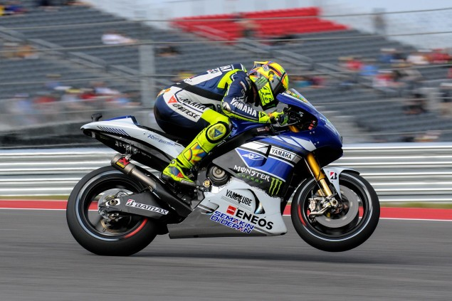 Up Close with the 2013 Yamaha YZR M1 Yamaha YZR M1 MotoGP Valentino Rossi Up Close 29 635x423