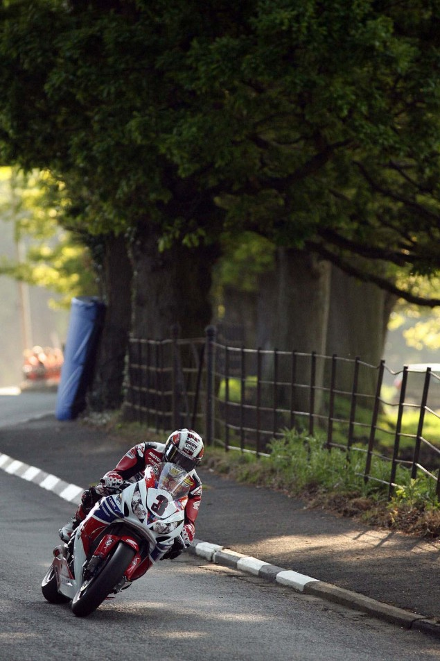 IOMTT: Conker Fields with Richard Mushet Conker Fields Isle of Man TT Richard Mushet 01 635x952