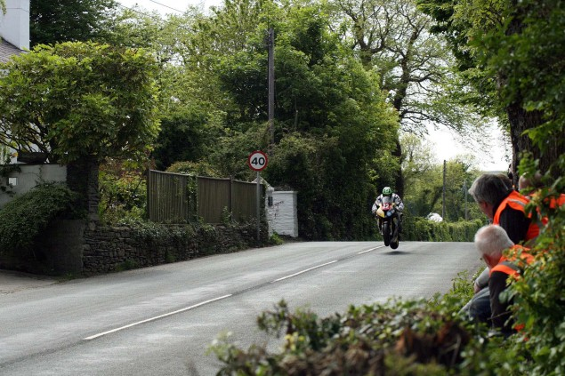 Supersport-Superstock-Ballaugh-Ballacrye-Isle-of-Man-TT-Richard-Mushet-15