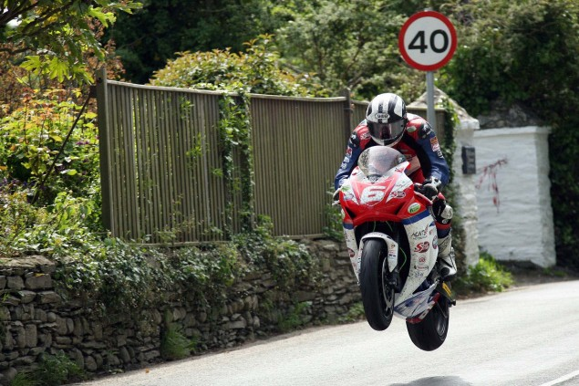 IOMTT: Royal London 360 Superstock TT Race Results Supersport Superstock Ballaugh Ballacrye Isle of Man TT Richard Mushet 17 635x423