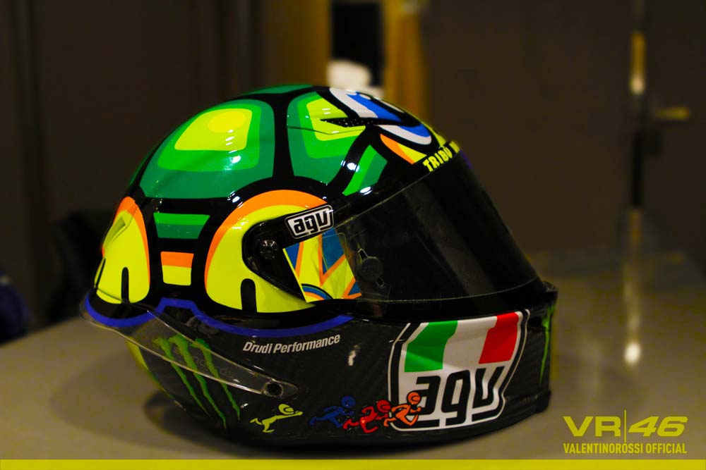 motogp valentino rossi 39 s 2013 mugello helmet asphalt. Black Bedroom Furniture Sets. Home Design Ideas