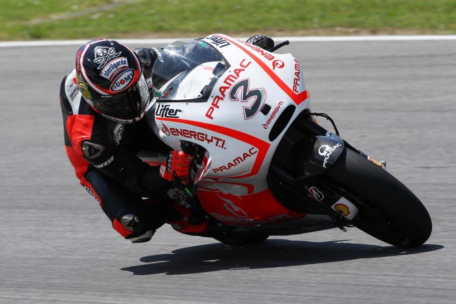 MotoGP: Ducati Test Cut Short by Rain, Biaggi Posts 1'52.1 - Asphalt & Rubber