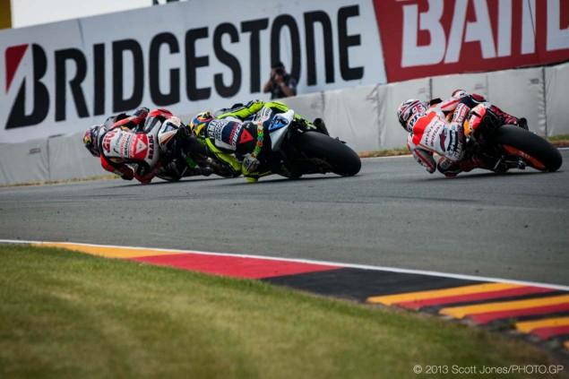 GP Sachsenring - Page 2 Sunday-German-GP-Sachsenring-MotoGP-Scott-Jones-08-635x423