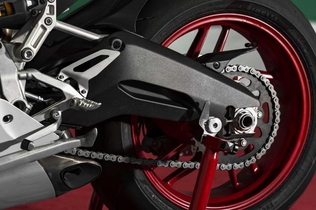 2014 Ducati 899 Panigale Mega Gallery 2014 Ducati 899 Panigale static 18 635x423