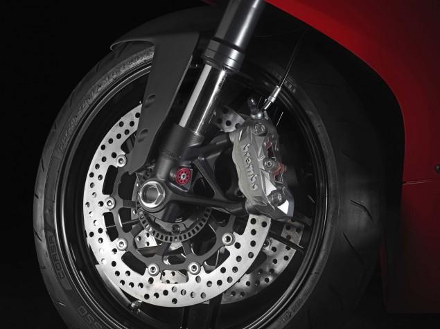 2014 Ducati 899 Panigale Mega Gallery 2014 Ducati 899 Panigale studio 19 635x475
