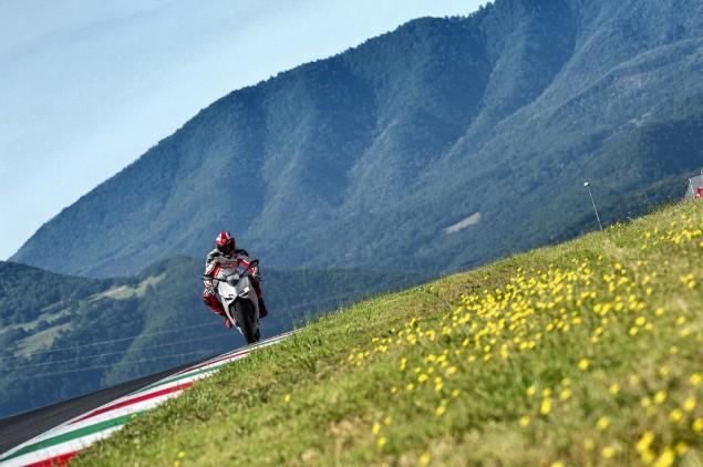 2014 Ducati 899 Panigale Mega Gallery 2014 Ducati 899 Panigale track 45 635x422