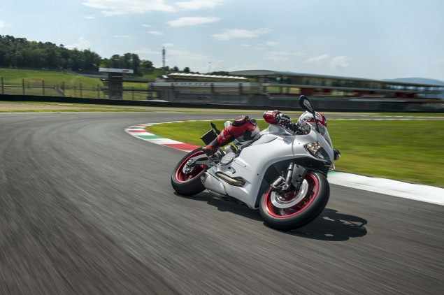 2014 Ducati 899 Panigale Mega Gallery 2014 Ducati 899 Panigale track 53 635x422