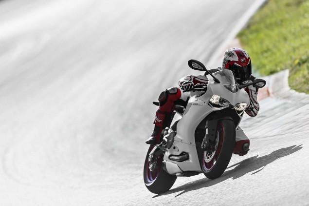 2014 Ducati 899 Panigale Mega Gallery 2014 Ducati 899 Panigale track 55 635x422