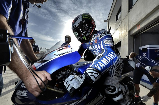 Saturday Summary at Aragon: On Championship Turnarounds, Hondas Moto3 Gambit, & The 2014 Calendar jorge lorenzo motogp aragon yamaha racing 635x423