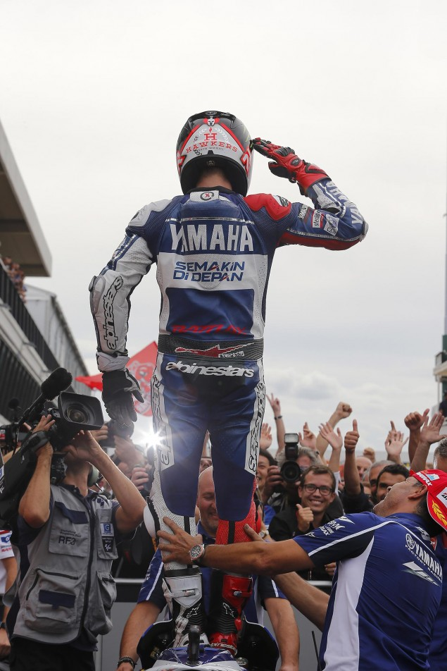 Sunday Summary at Misano: An Imperious Lorenzo, Rookie Mistakes, & Remembering Shoya jorge lorenzo motogp misano yamaha racing 635x952