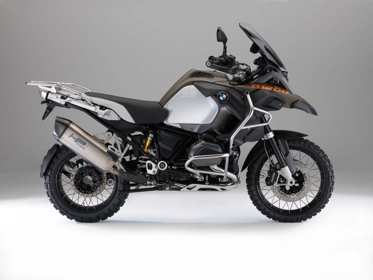 The 2014 BMW R1200GS Adventure is Finally Here 2014 BMW R1200GS Adventure studio 17 635x476