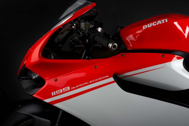 Officially Official: Ducati 1199 Superleggera 2014 Ducati 1199 Superleggera studio 11 635x423