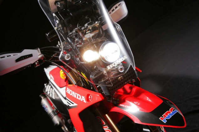 HRC Shows Off the 2014 Honda CRF450 Rally Race Bike 2014 Honda CRF450 Rally 11 635x423