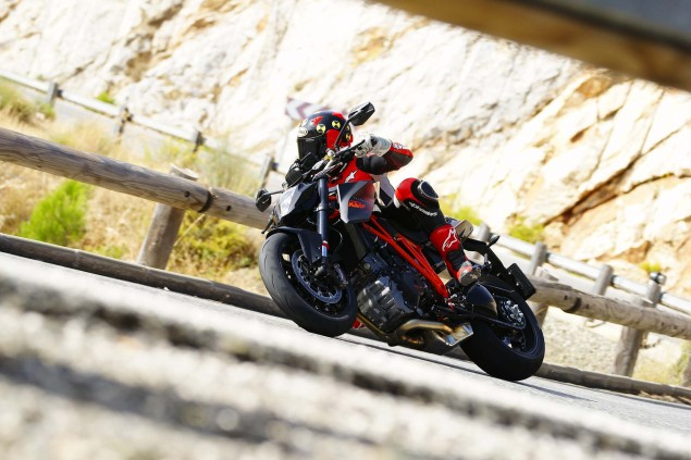 Ride Review: KTM 1290 Super Duke R 2014 KTM 1290 Super Duke R Iwan van der Valk review 12 635x423