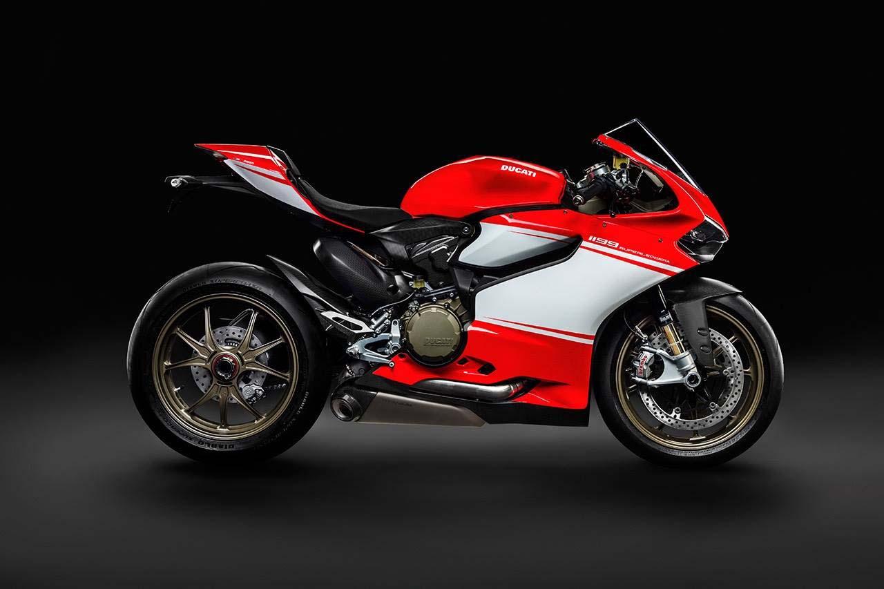 Even More Leaked Photos Of The Ducati 1199 Superleggera