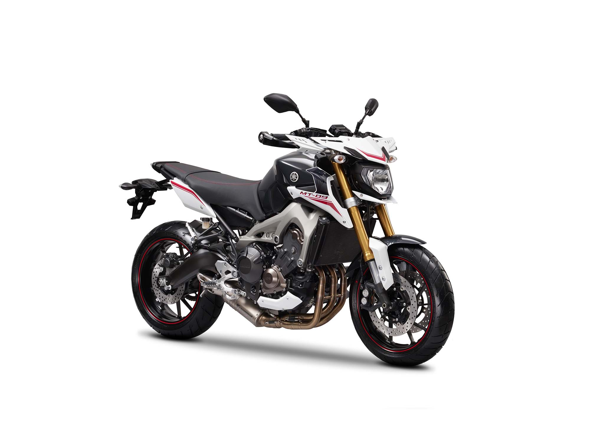 2014 yamaha mt 09 street rally three cylinders of hoon