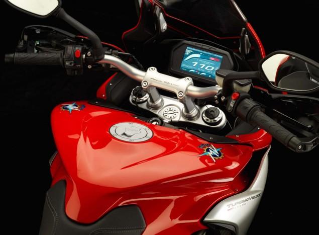 MV Agusta Turismo Veloce 800   Stylish Sport Touring 2104 MV Agusta Turismo Veloce Lusso 800 08 635x467